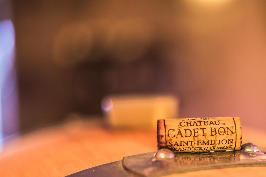 chateau-cadet-bon-cru-classe-gallery-bouchon-zoom-1